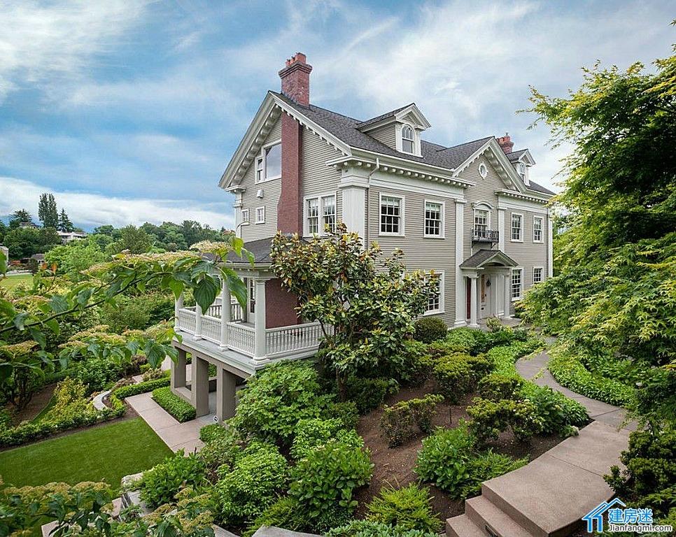 美式别墅设计图作为农村自建房设计图纸参考两层半带架空层3708