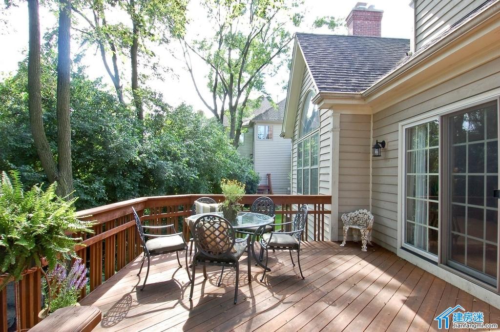 新农村自建房露台以及庭院装修效果图,别墅露台以及庭院装修都可以