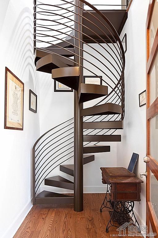农村自建房旋转楼梯