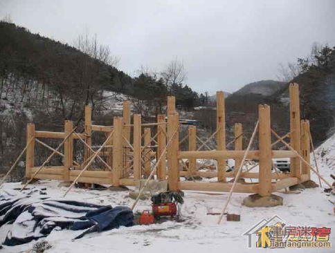 穿斗式木结构房屋建筑