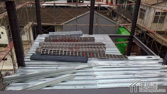 台湾农村h钢框架房屋自建房墙体混凝土浇灌案例-建房