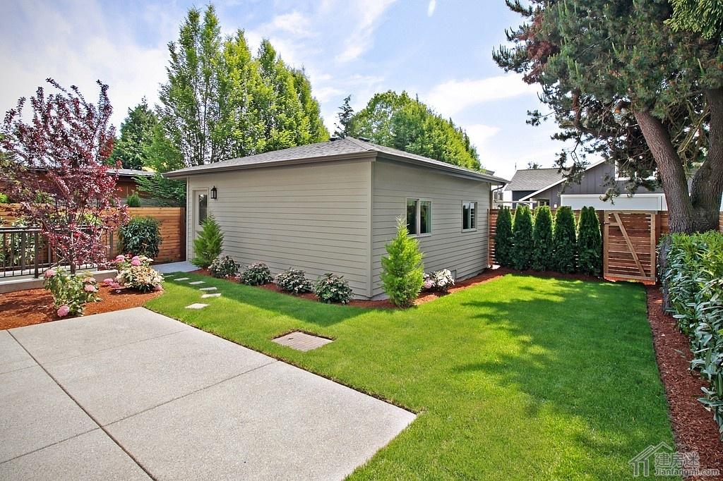 现代简约风格120平米两层带地下室房屋设计图轻钢结构别墅设计平面图高清图片