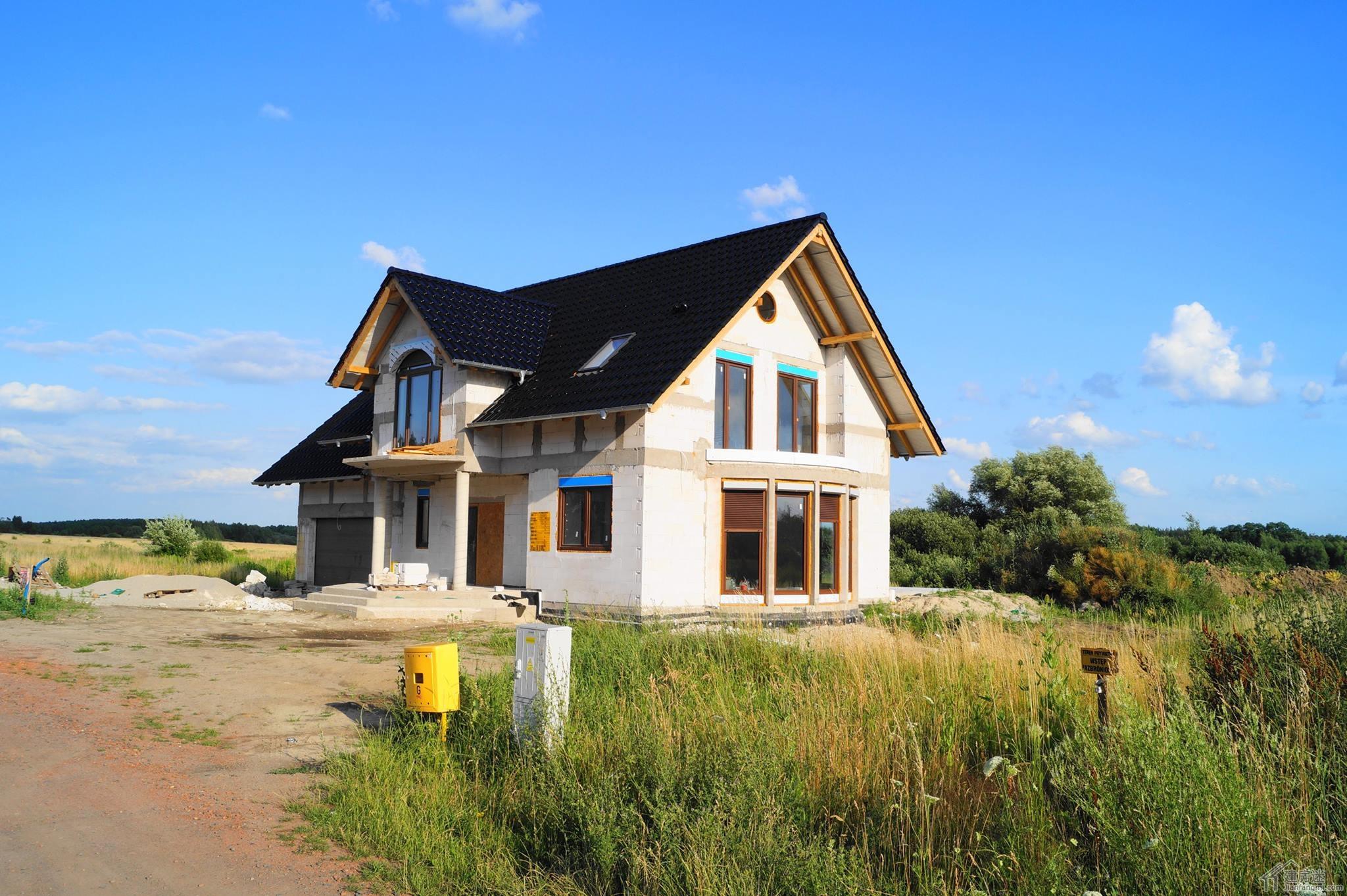 欧式风格两层三大间120平米砖混轻钢别墅设计图纸-迷